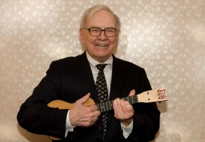 Warren Buffett plays the ukulele, because who's gonna tell him he can't?